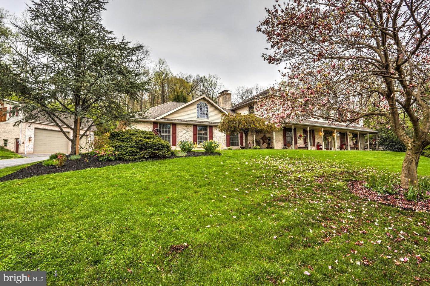 Residential for Sale at 130 RIDGE Avenue Ephrata, Pennsylvania 17522 United States