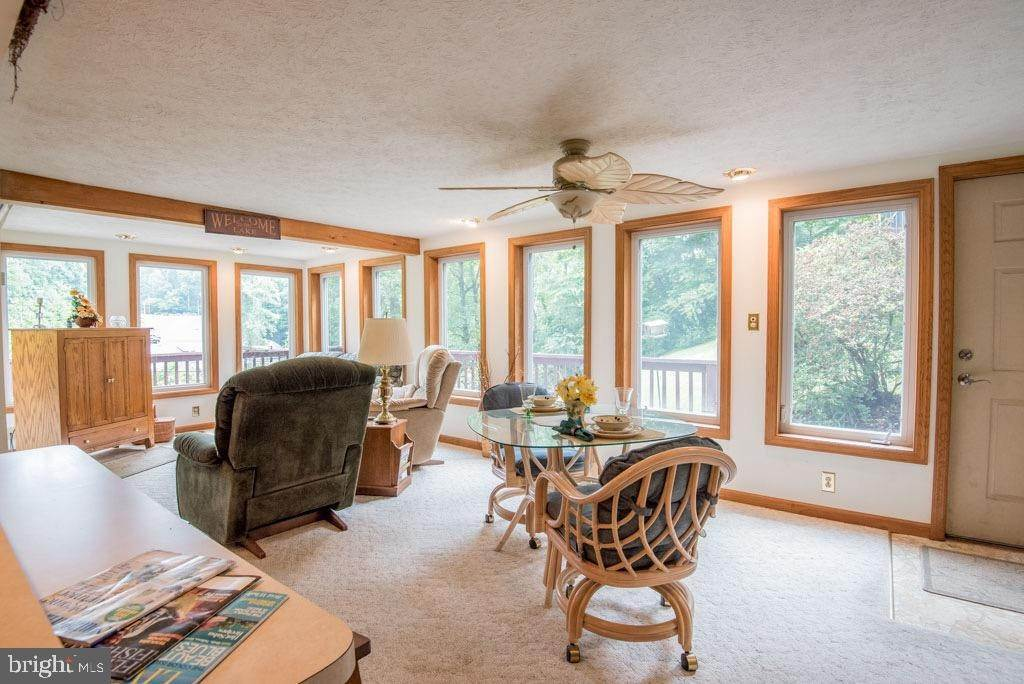 18. Residential for Sale at 411 PEACH BOTTOM Road Peach Bottom, Pennsylvania 17563 United States