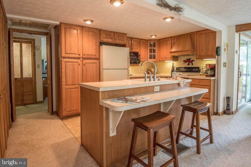 12. Residential for Sale at 411 PEACH BOTTOM Road Peach Bottom, Pennsylvania 17563 United States