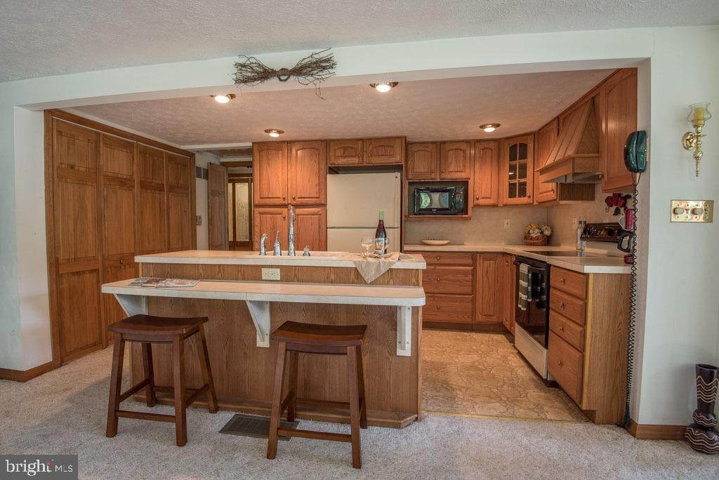 14. Residential for Sale at 411 PEACH BOTTOM Road Peach Bottom, Pennsylvania 17563 United States