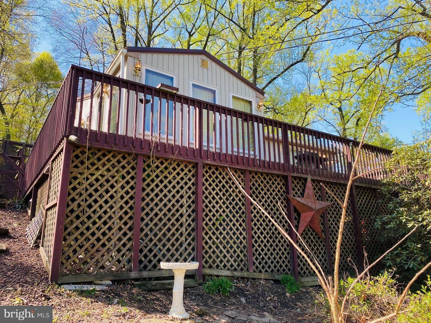 4. Residential for Sale at 411 PEACH BOTTOM Road Peach Bottom, Pennsylvania 17563 United States