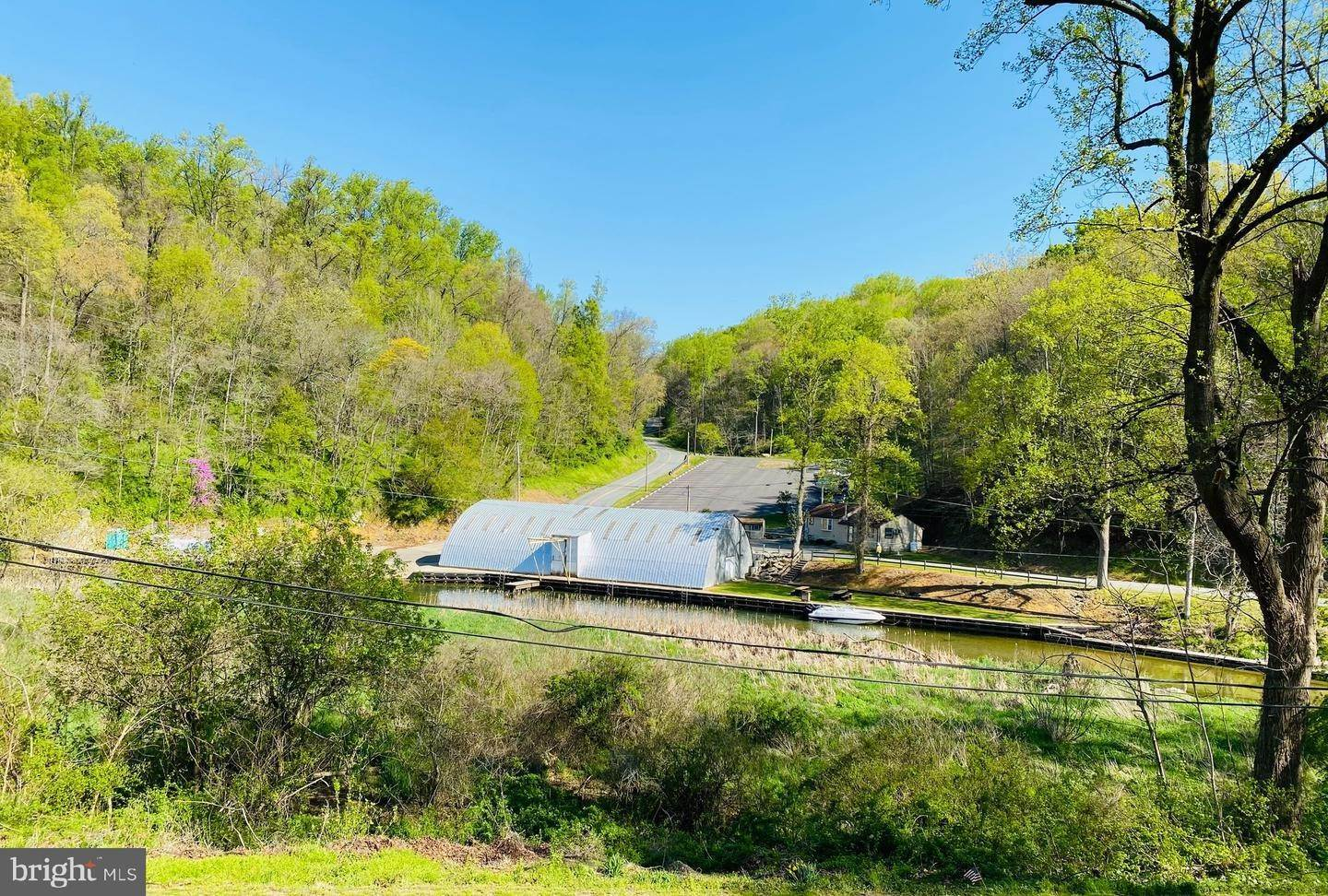 2. Residential for Sale at 411 PEACH BOTTOM Road Peach Bottom, Pennsylvania 17563 United States