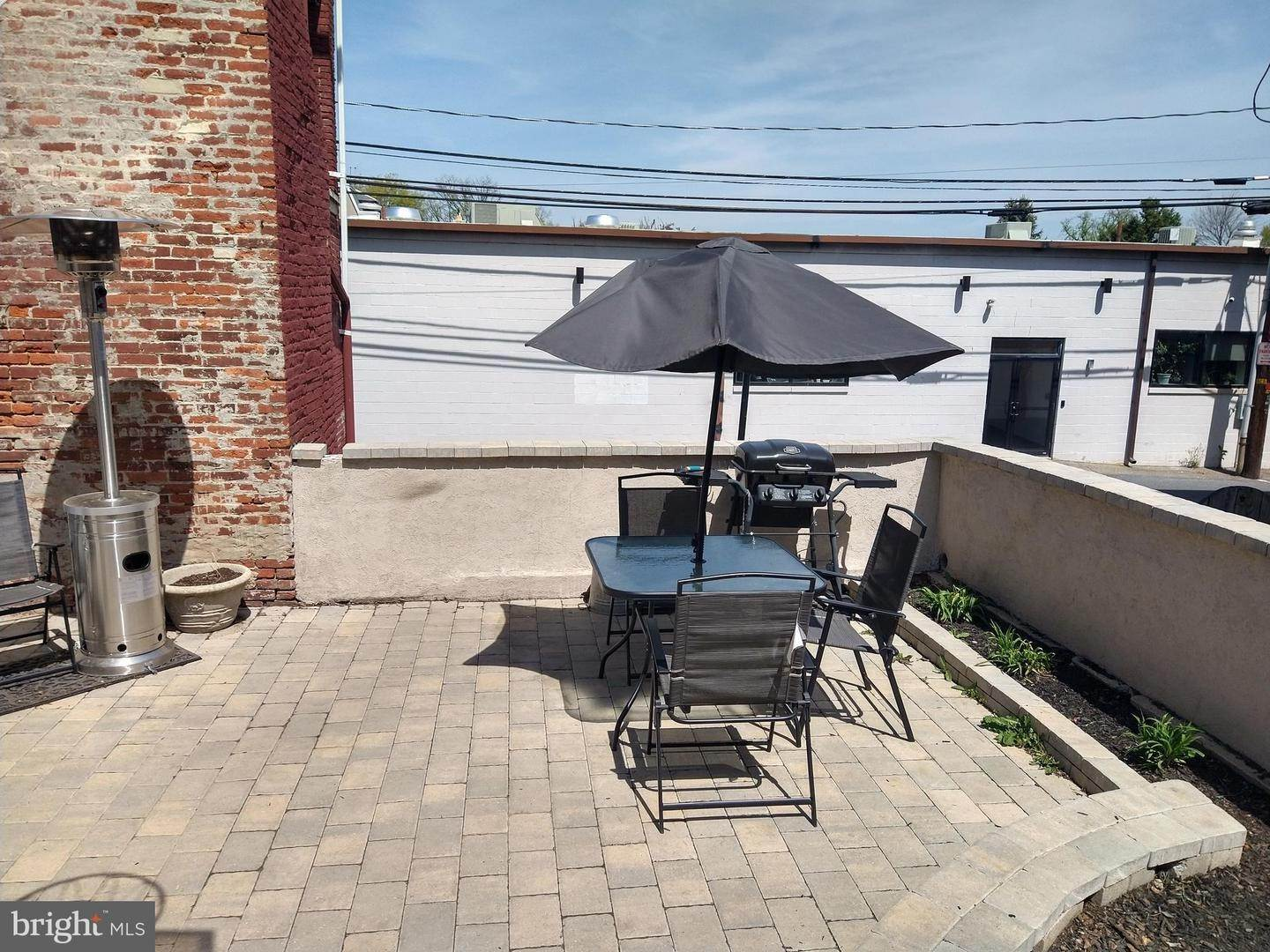 19. Residential for Sale at 219 N LIME Street Lancaster, Pennsylvania 17602 United States