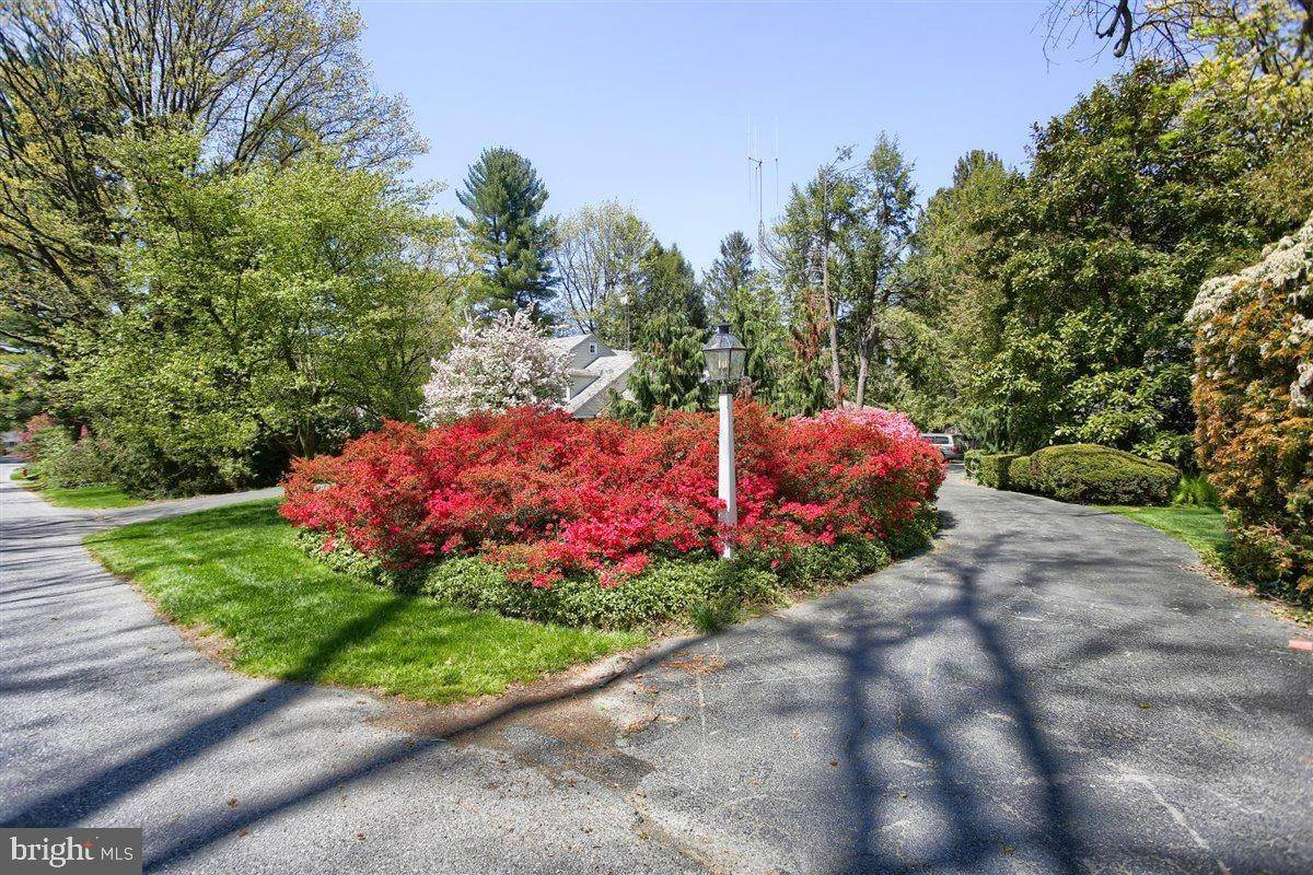 3. Residential for Sale at 1515 RIDGE Road Lancaster, Pennsylvania 17603 United States