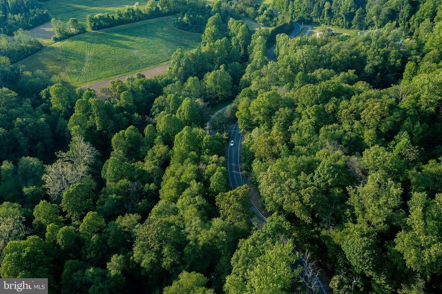 14. Residential for Sale at 1300 TEXTER MOUNTAIN Road Reinholds, Pennsylvania 17569 United States