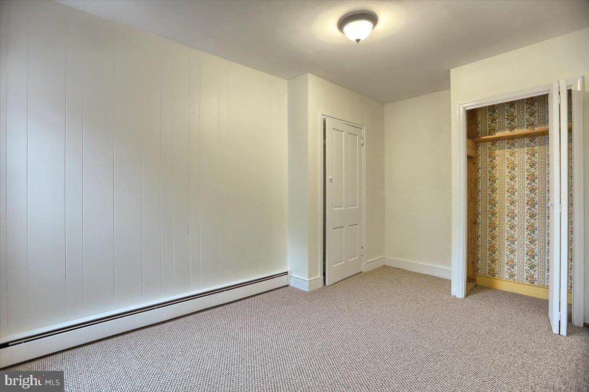 9. Residential for Sale at 133 N 7TH Street Columbia, Pennsylvania 17512 United States