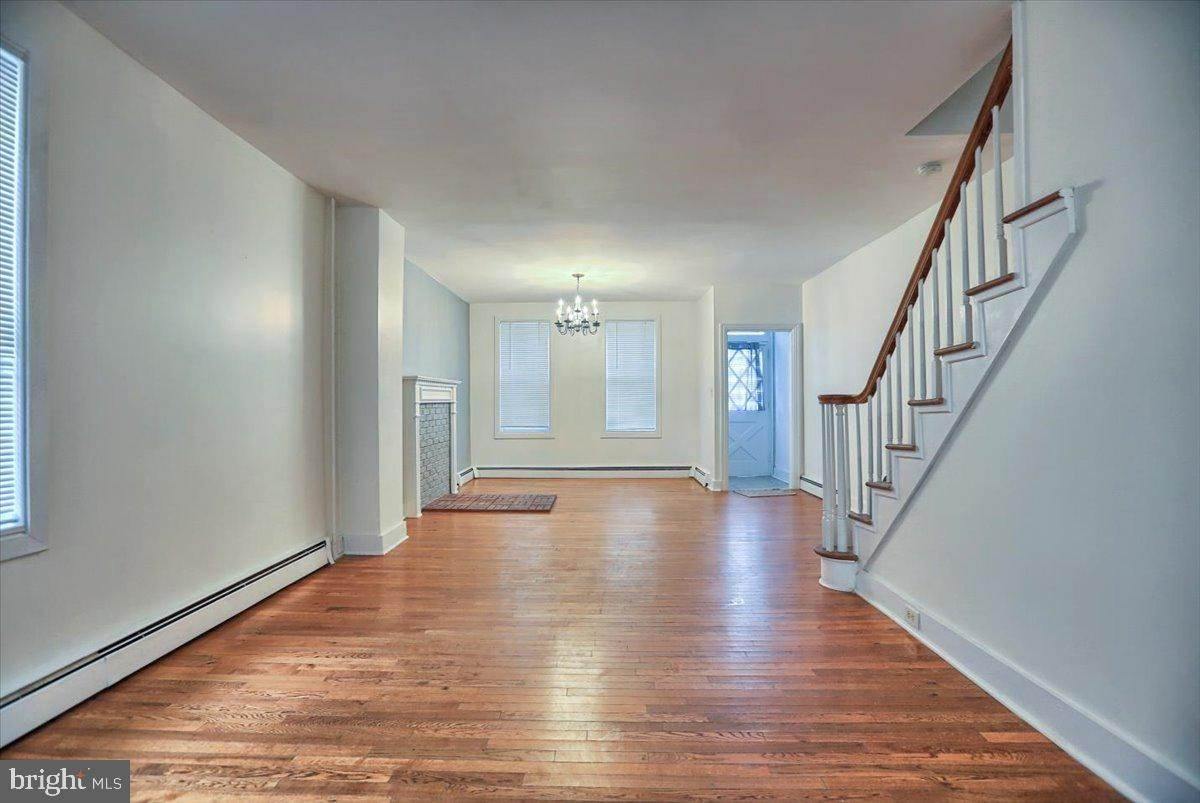 8. Residential for Sale at 133 N 7TH Street Columbia, Pennsylvania 17512 United States