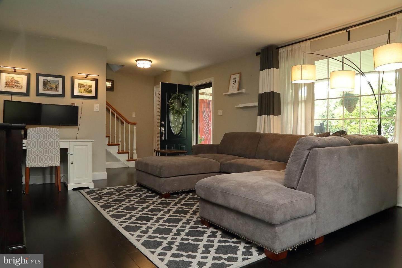 5. Residential for Sale at 44 BLAINE Avenue Leola, Pennsylvania 17540 United States