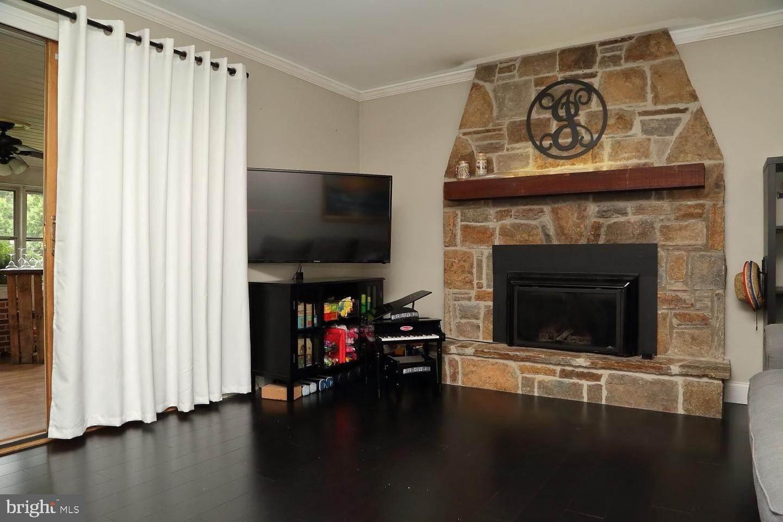 17. Residential for Sale at 44 BLAINE Avenue Leola, Pennsylvania 17540 United States