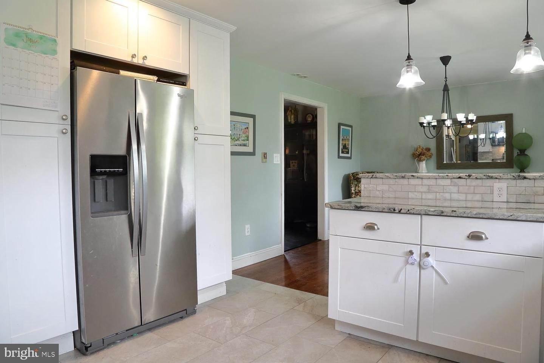 15. Residential for Sale at 44 BLAINE Avenue Leola, Pennsylvania 17540 United States