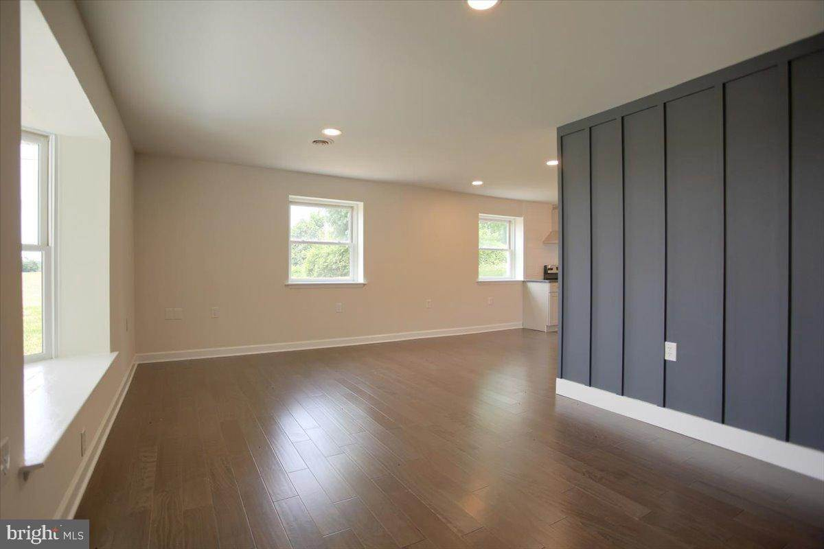 11. Residential for Sale at 4 HARTWICKE Drive Quarryville, Pennsylvania 17566 United States