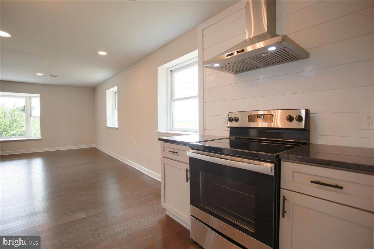 19. Residential for Sale at 4 HARTWICKE Drive Quarryville, Pennsylvania 17566 United States