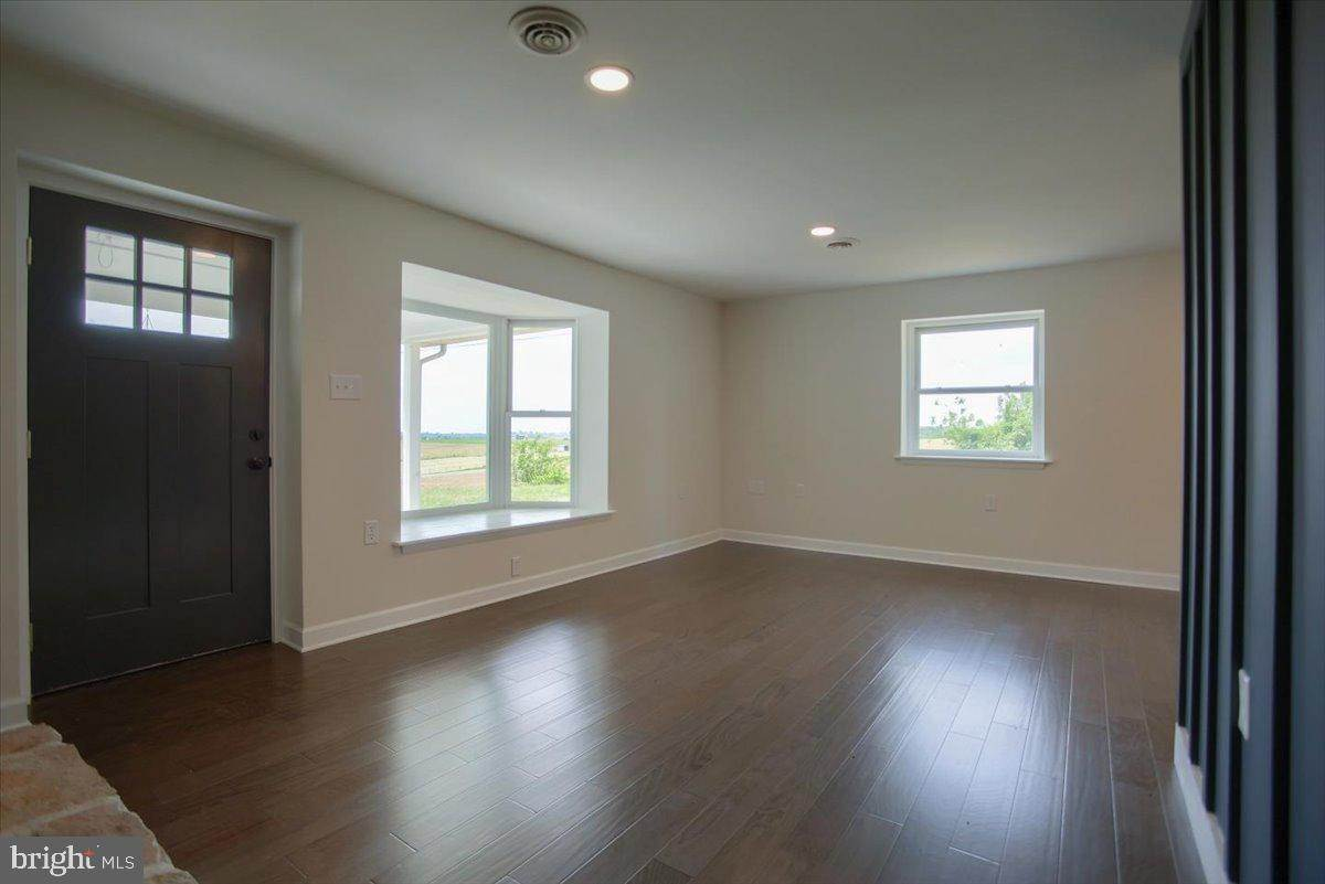 12. Residential for Sale at 4 HARTWICKE Drive Quarryville, Pennsylvania 17566 United States