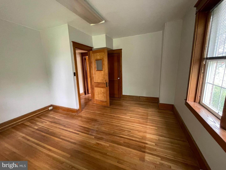 14. Residential for Sale at 45 W BRANDT BLVD Landisville, Pennsylvania 17538 United States