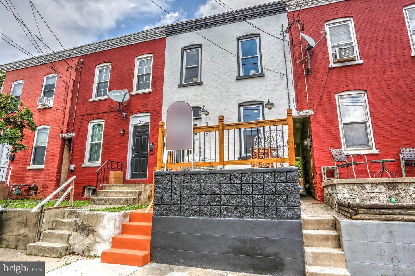 4. Residential for Sale at 865 N PRINCE Street Lancaster, Pennsylvania 17603 United States
