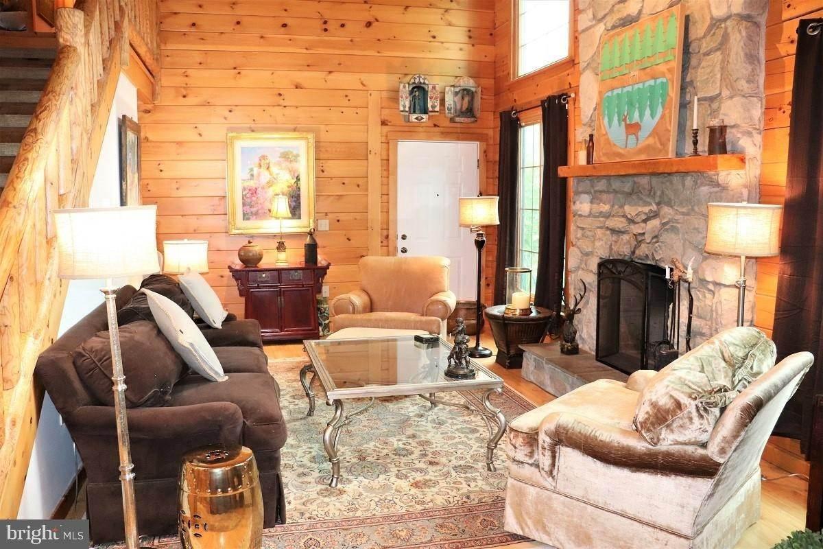 7. Residential for Sale at 1814 MANSION Lane Mount Joy, Pennsylvania 17552 United States