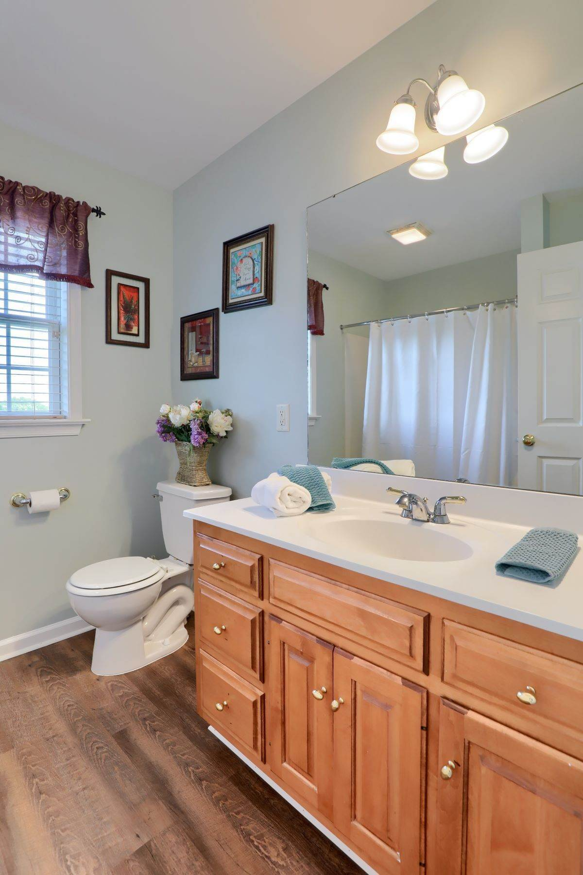 26. Single Family Homes for Sale at 18 Jared Place Lititz, Pennsylvania 17543 United States