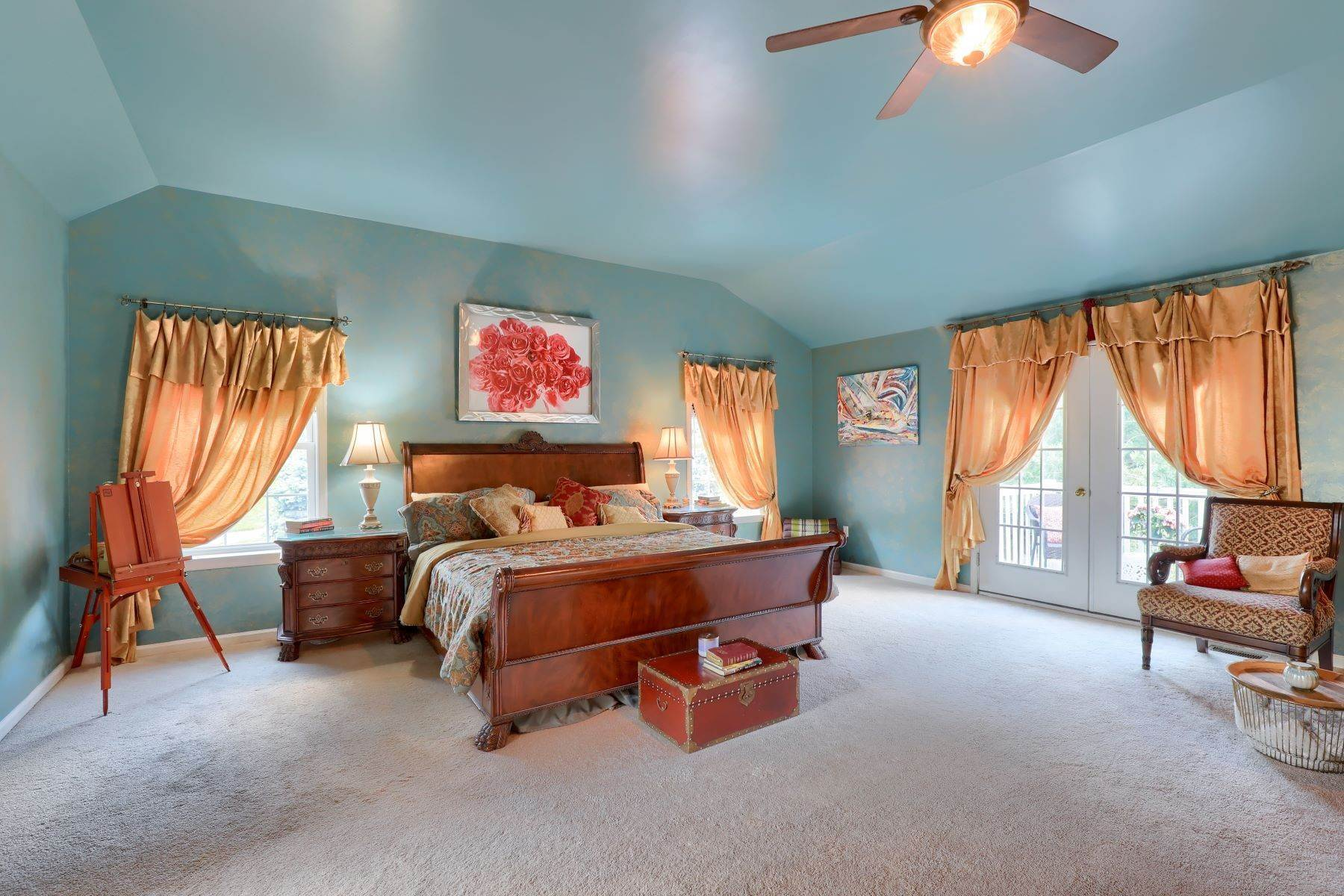 21. Single Family Homes for Sale at 195 W Millport Road Lititz, Pennsylvania 17543 United States