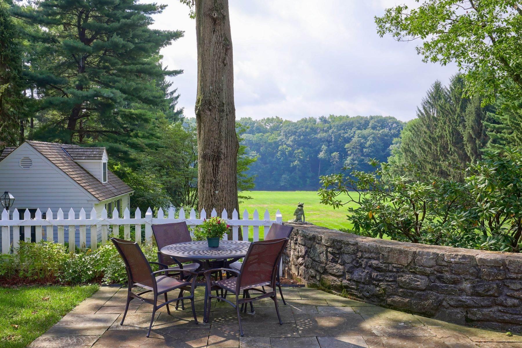 10. Single Family Homes for Sale at 260 Eshelman Road Lancaster, Pennsylvania 17601 United States