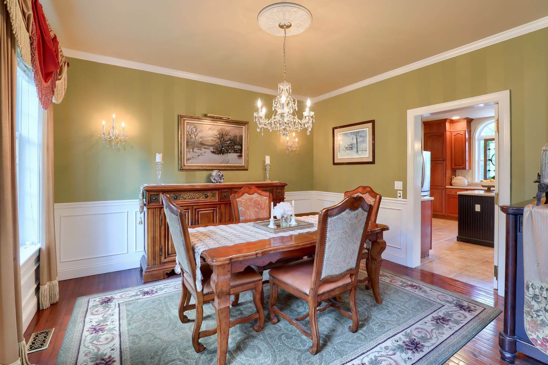 6. Single Family Homes for Sale at 195 W Millport Road Lititz, Pennsylvania 17543 United States