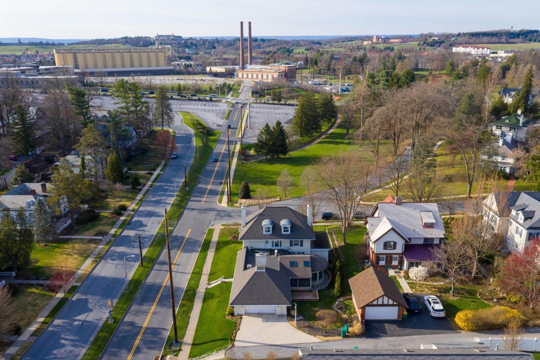 2. Single Family Homes for Sale at 206 E Granada Ave Hershey, Pennsylvania 17033 United States