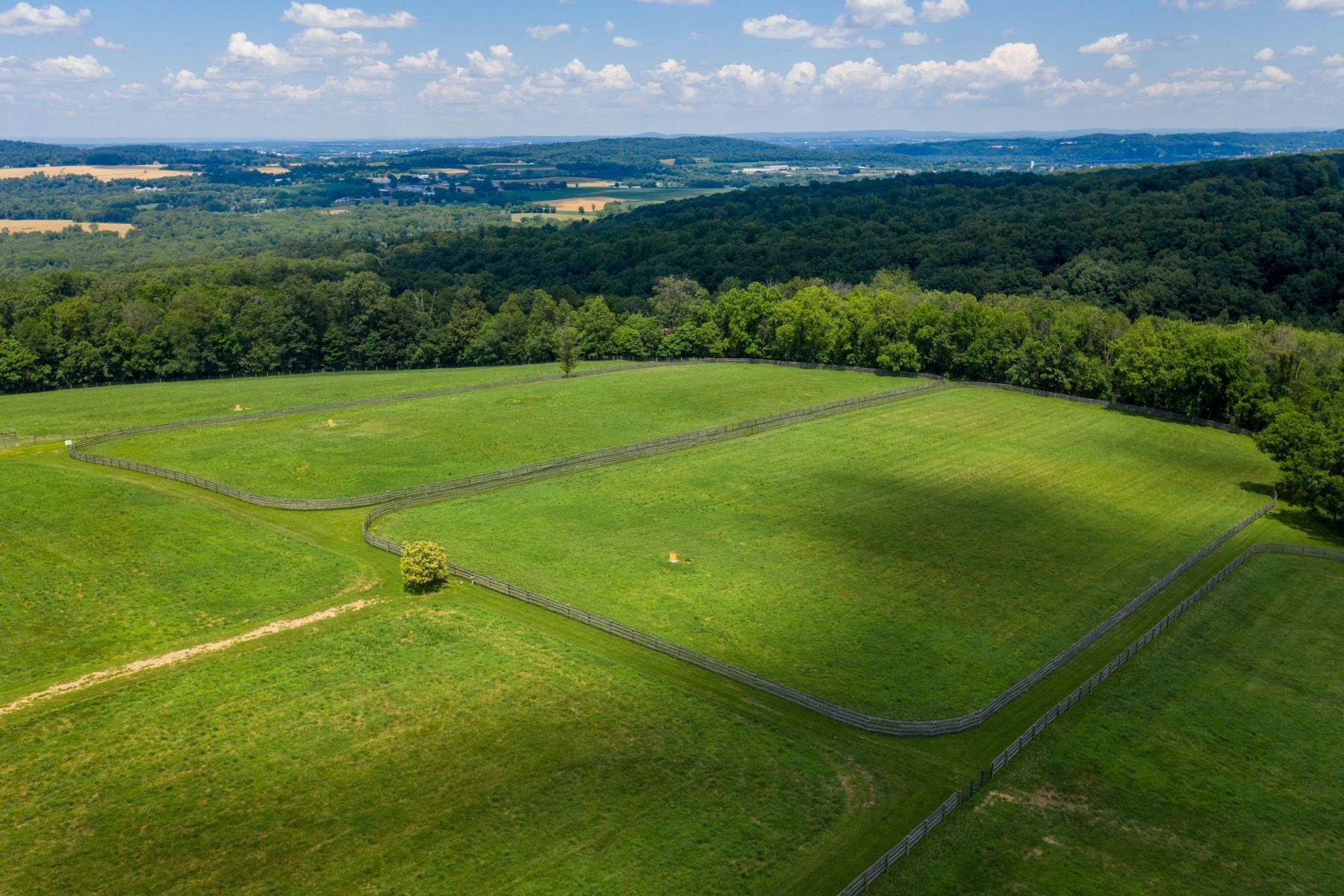 6. Farm and Ranch Properties for Sale at 5470 Mount Pisgah Road York, Pennsylvania 17406 United States