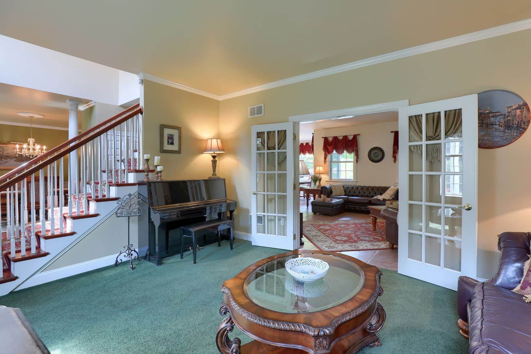 9. Single Family Homes for Sale at 195 W Millport Road Lititz, Pennsylvania 17543 United States