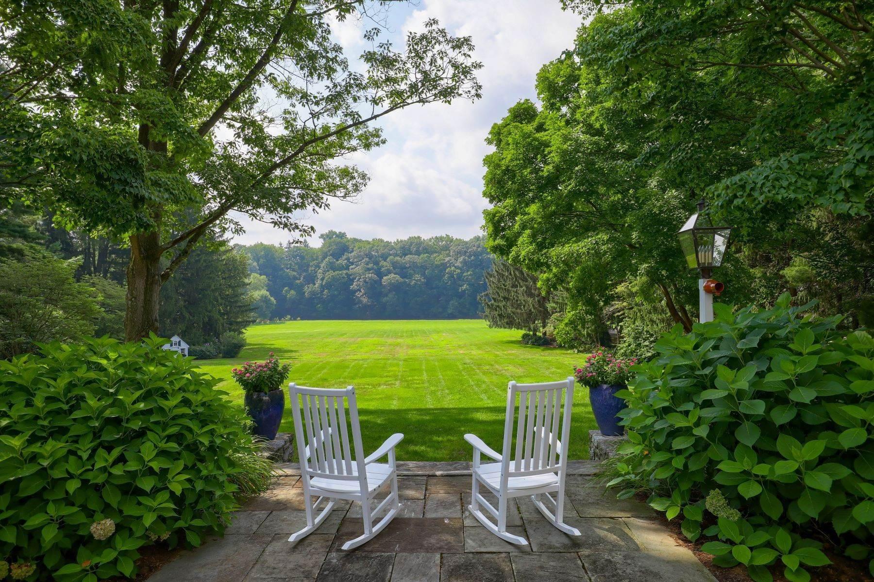 4. Single Family Homes for Sale at 260 Eshelman Road Lancaster, Pennsylvania 17601 United States