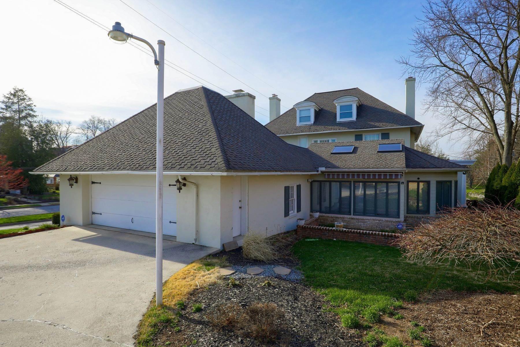 40. Single Family Homes for Sale at 206 E Granada Ave Hershey, Pennsylvania 17033 United States