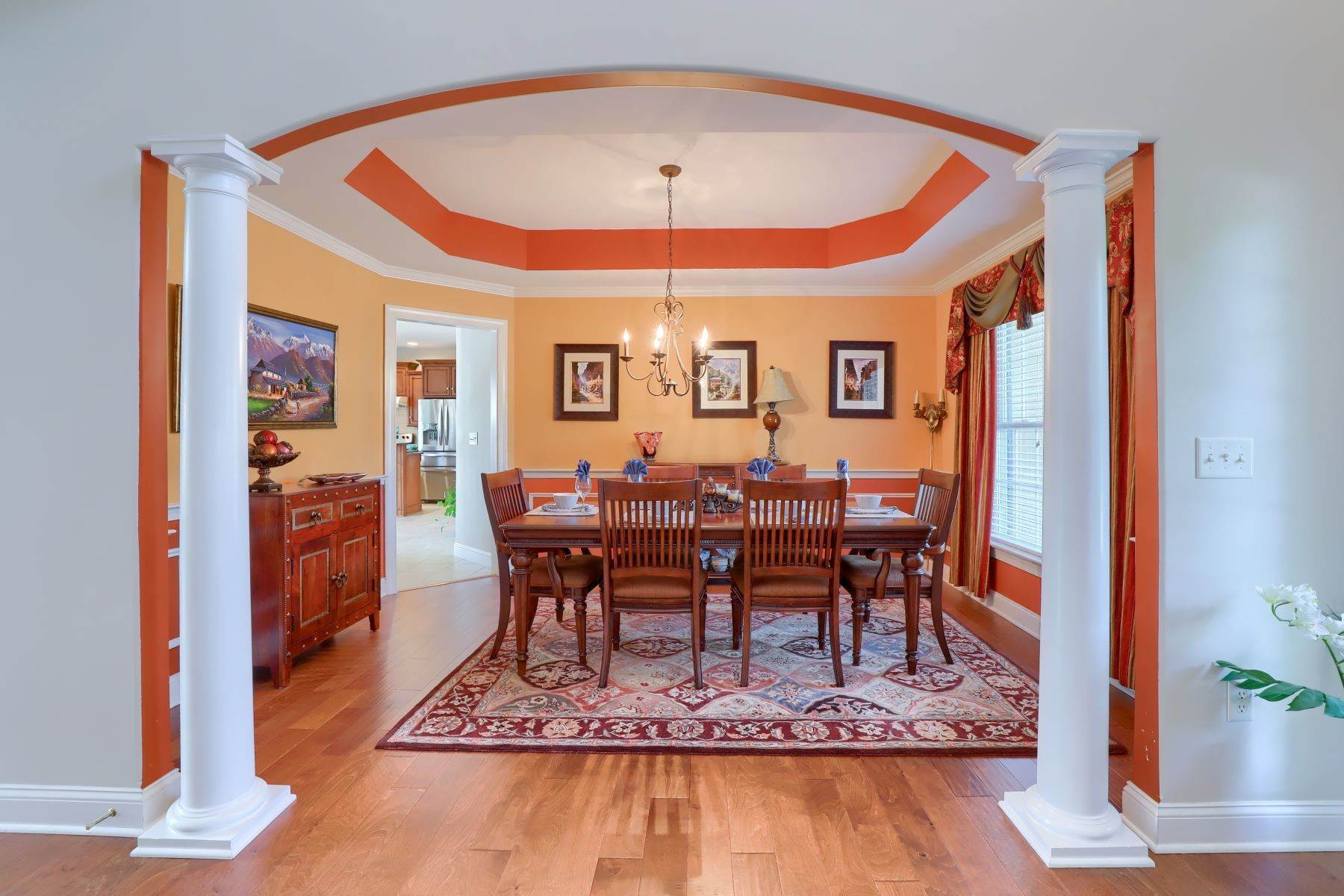 14. Single Family Homes for Sale at 18 Jared Place Lititz, Pennsylvania 17543 United States