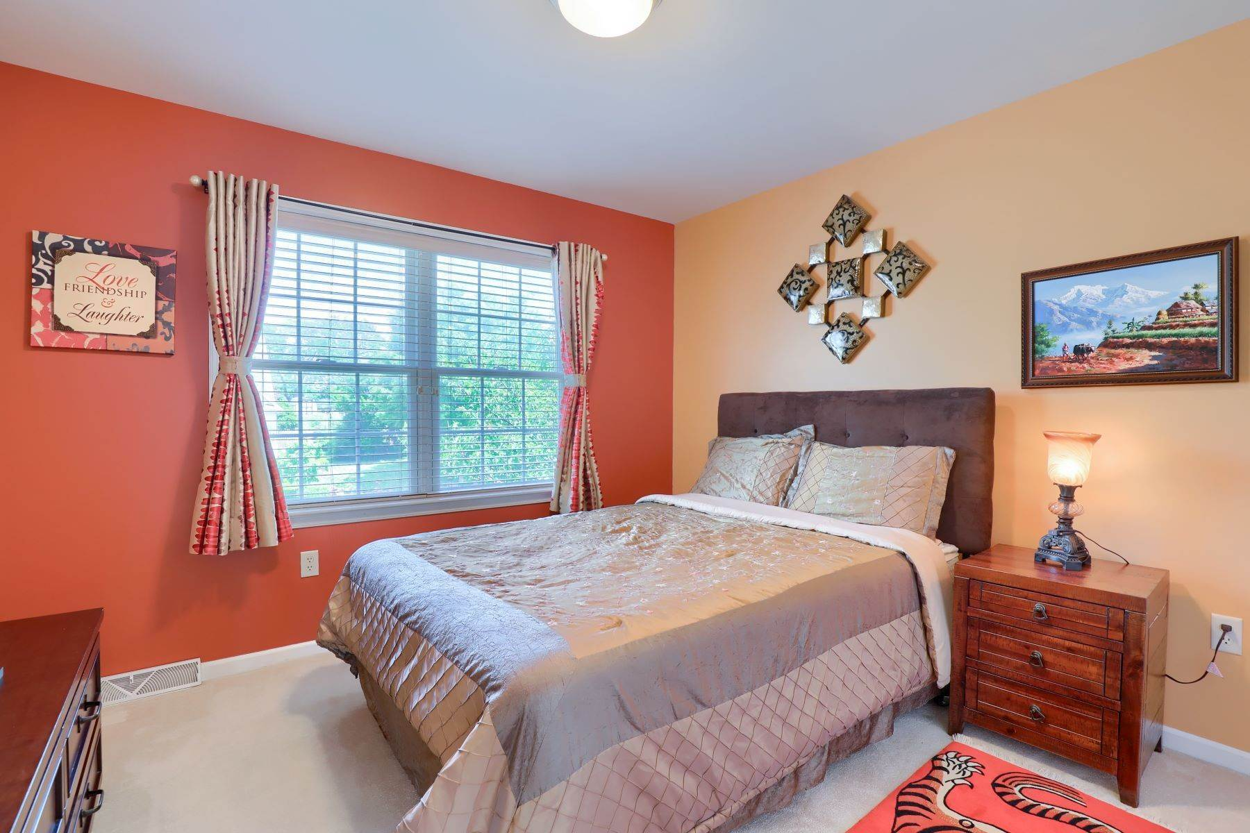 27. Single Family Homes for Sale at 18 Jared Place Lititz, Pennsylvania 17543 United States