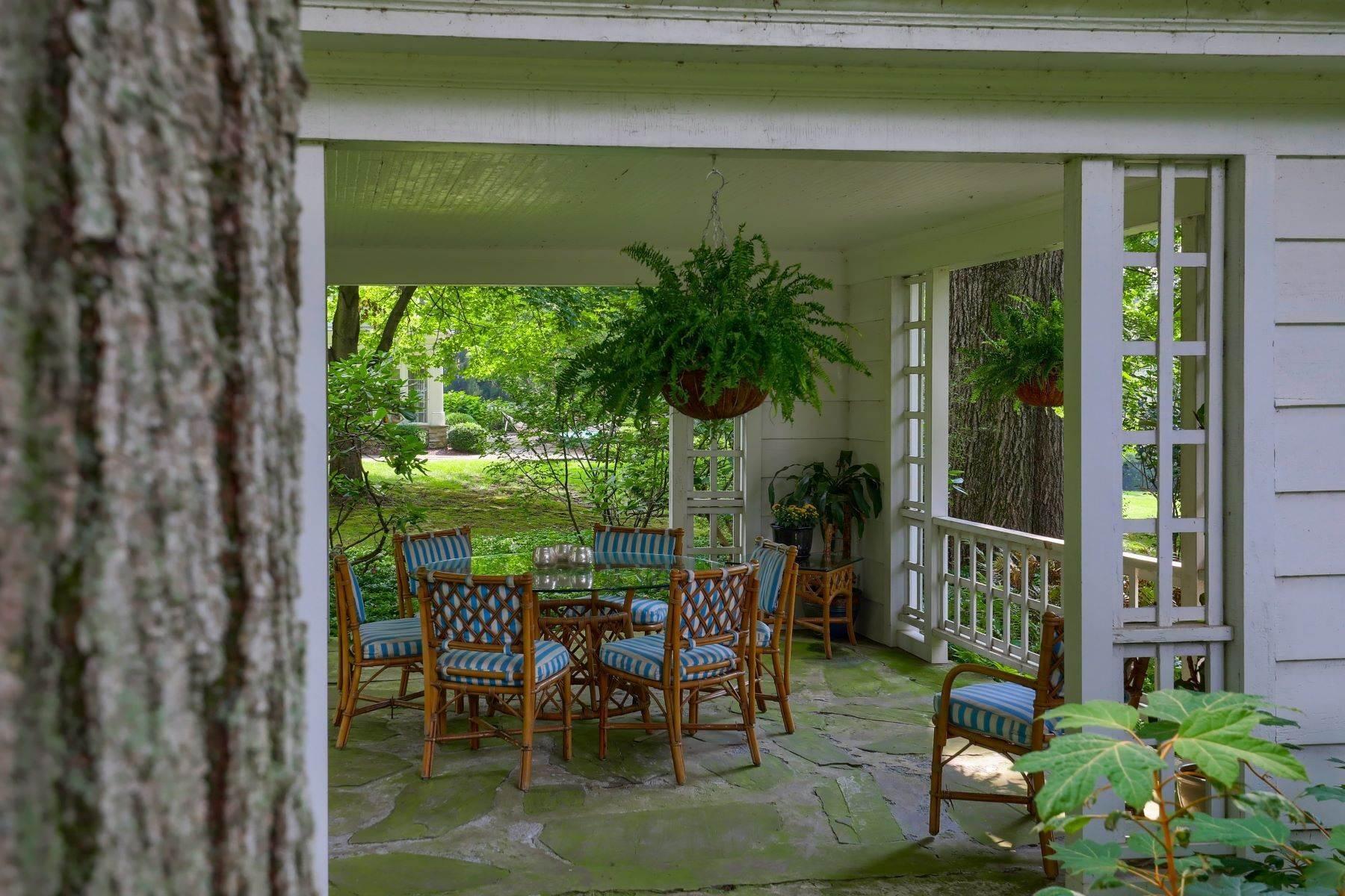 13. Single Family Homes for Sale at 260 Eshelman Road Lancaster, Pennsylvania 17601 United States