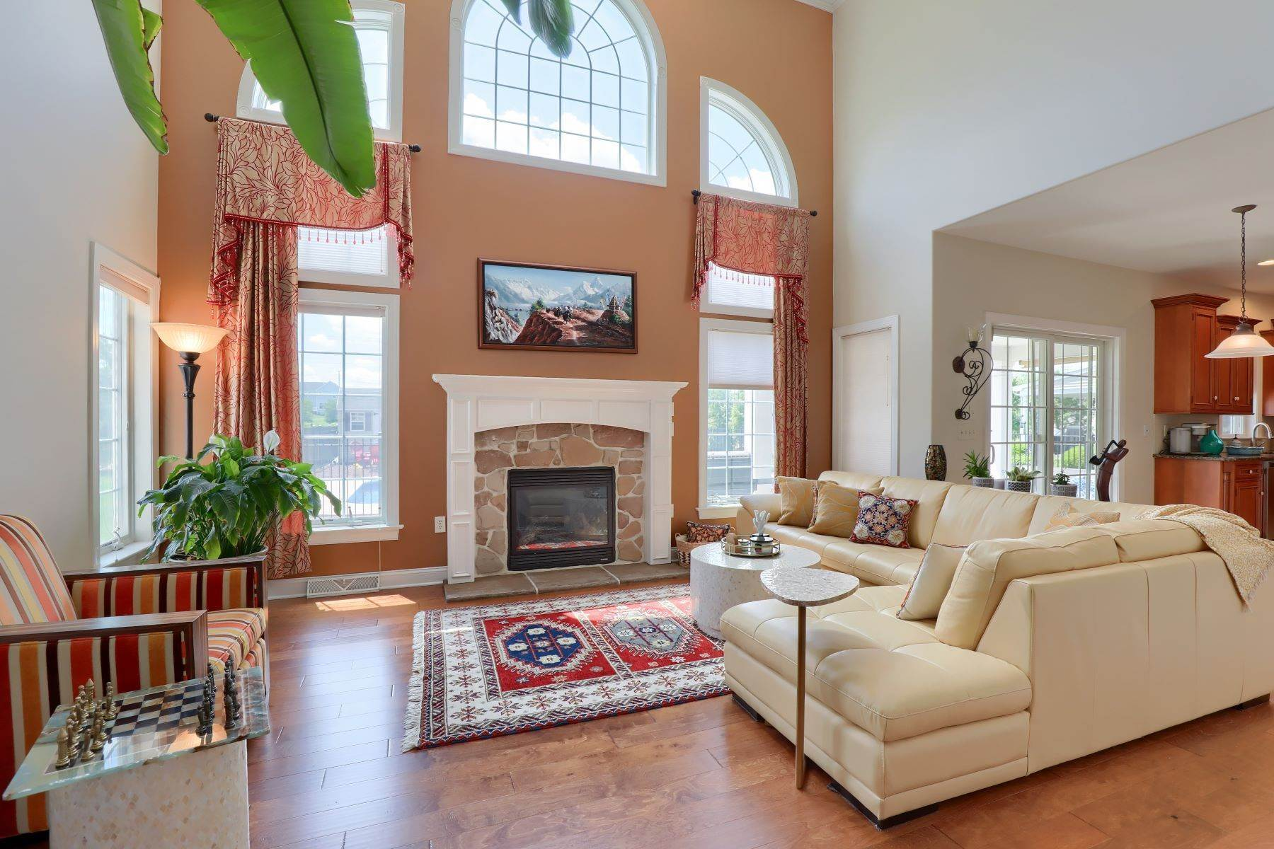 6. Single Family Homes for Sale at 18 Jared Place Lititz, Pennsylvania 17543 United States