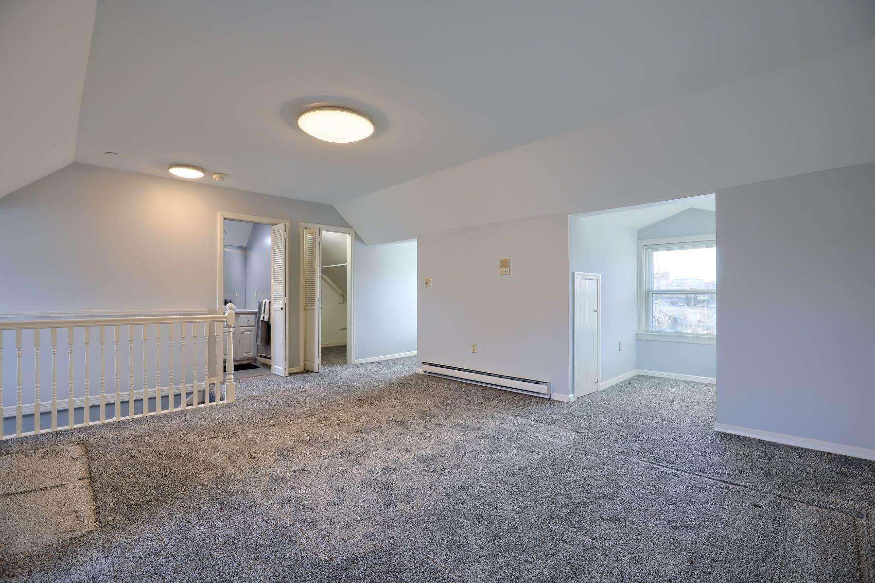 33. Single Family Homes for Sale at 206 E Granada Ave Hershey, Pennsylvania 17033 United States