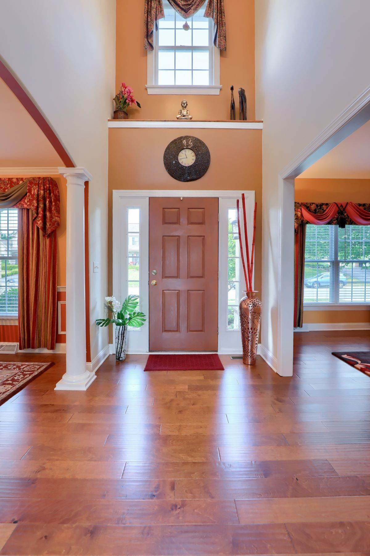 5. Single Family Homes for Sale at 18 Jared Place Lititz, Pennsylvania 17543 United States