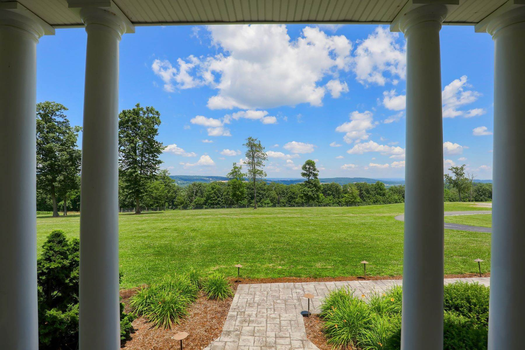 10. Farm and Ranch Properties for Sale at 5470 Mount Pisgah Road York, Pennsylvania 17406 United States
