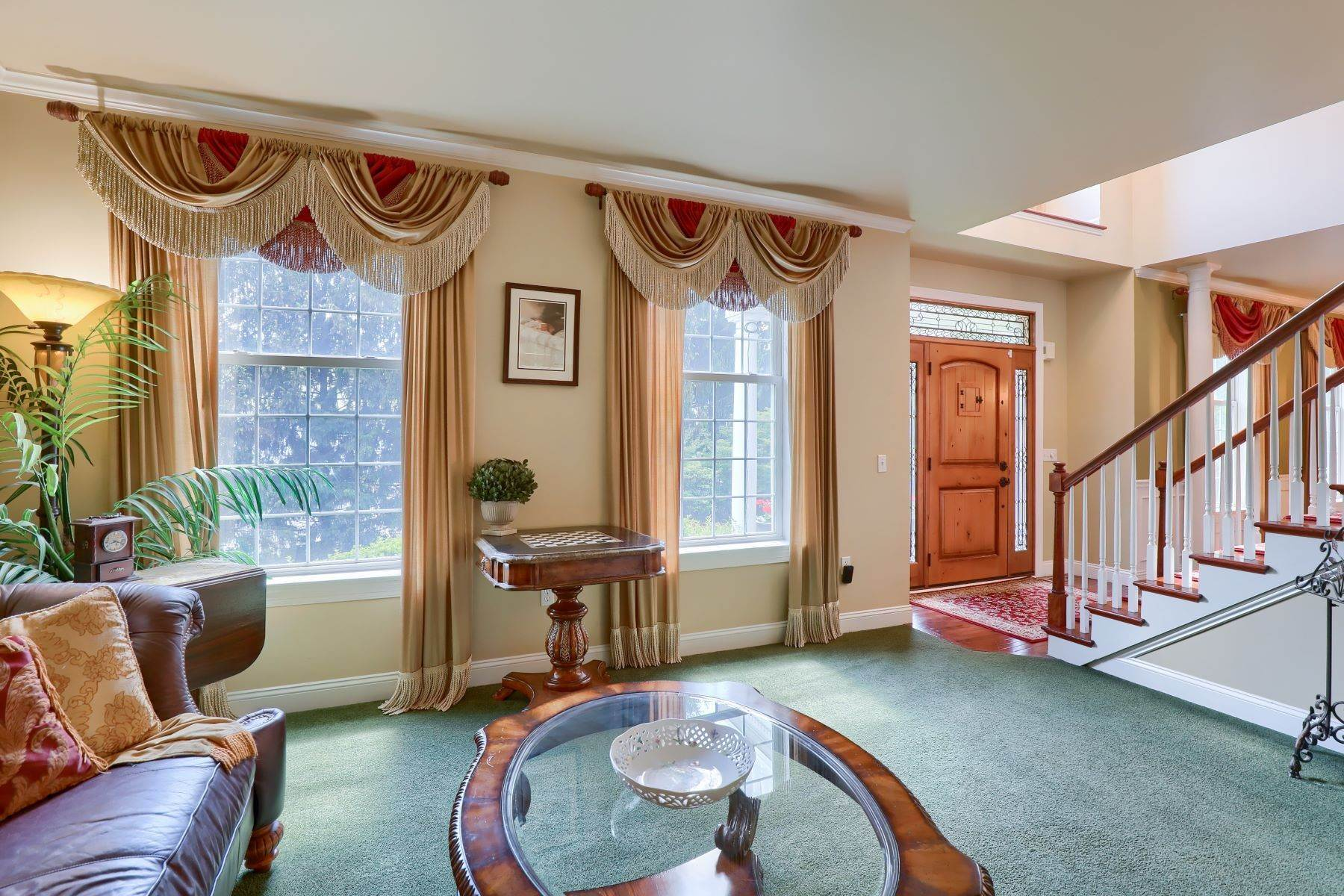 10. Single Family Homes for Sale at 195 W Millport Road Lititz, Pennsylvania 17543 United States