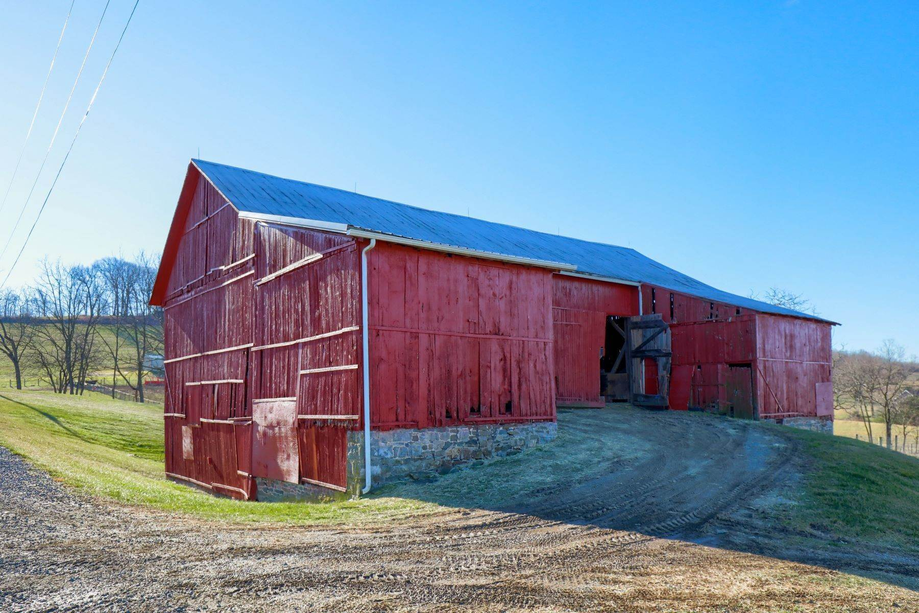 24. Farm and Ranch Properties for Sale at 4400 Irish Creek Road Bernville, Pennsylvania 19506 United States