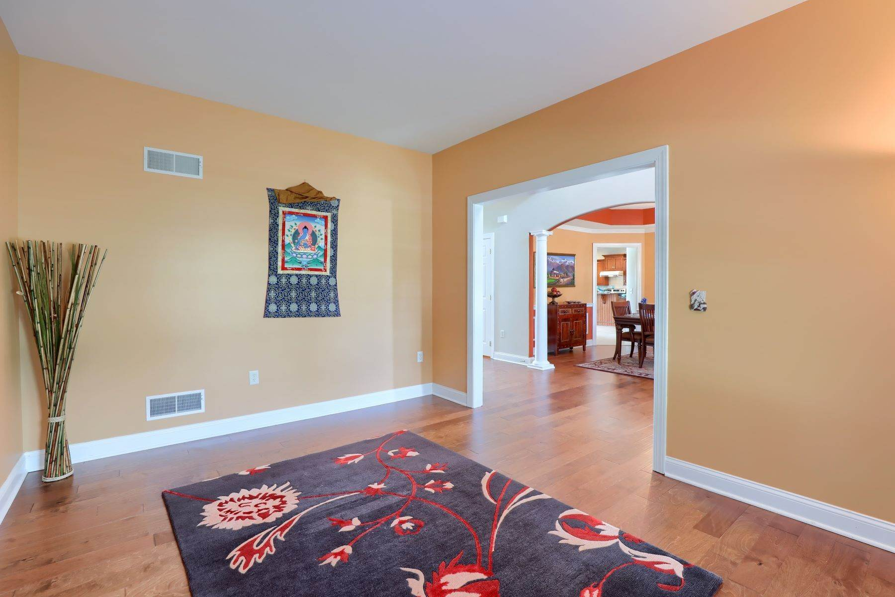 18. Single Family Homes for Sale at 18 Jared Place Lititz, Pennsylvania 17543 United States