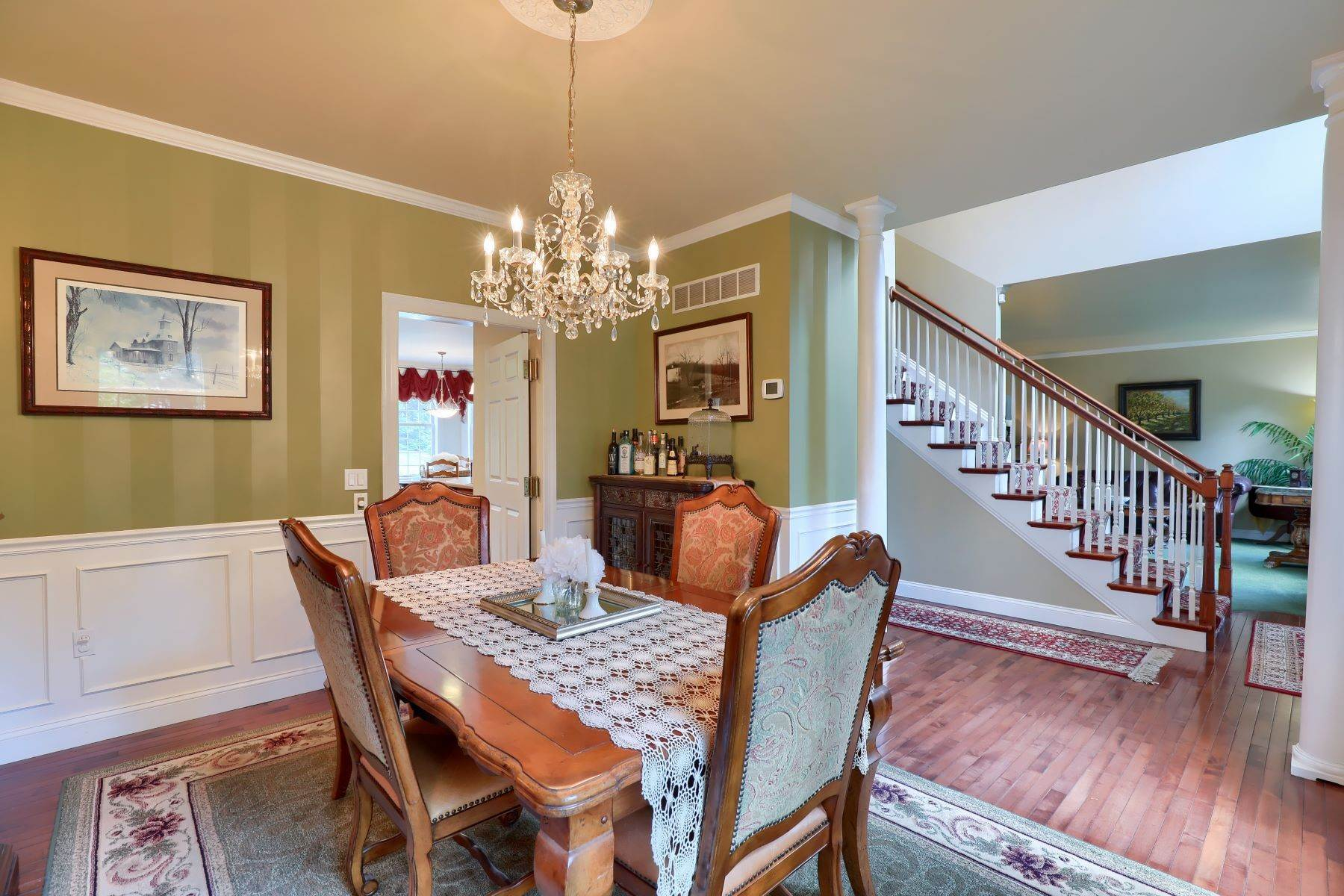 7. Single Family Homes for Sale at 195 W Millport Road Lititz, Pennsylvania 17543 United States