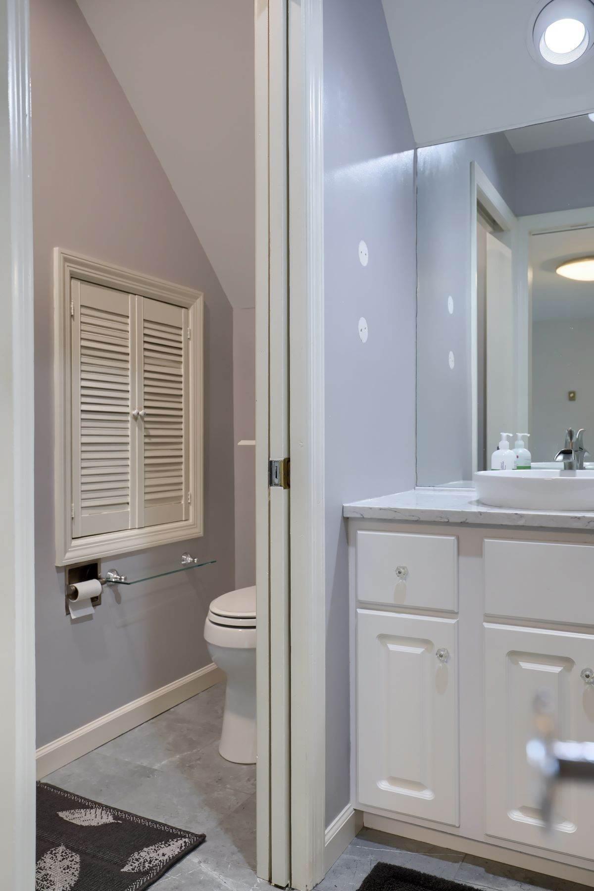 35. Single Family Homes for Sale at 206 E Granada Ave Hershey, Pennsylvania 17033 United States